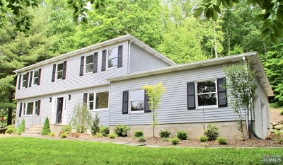Ringwood Single Family Home For Sale: 116 Cheshire Lane