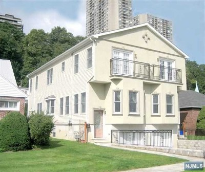 Edgewater Condo/Townhouse For Sale: 98 Myrtle Avenue
