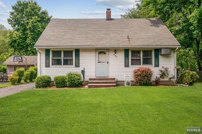 Ridgewood Single Family Home For Sale: 467 Berkshire Road