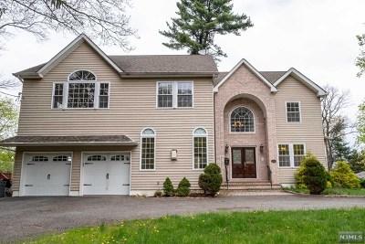 Park Ridge Single Family Home For Sale: 158 Ridge Avenue
