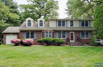 Wyckoff Single Family Home For Sale: 191 Hillcrest Avenue
