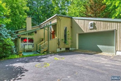 Ringwood Single Family Home For Sale: 202 Magee Road