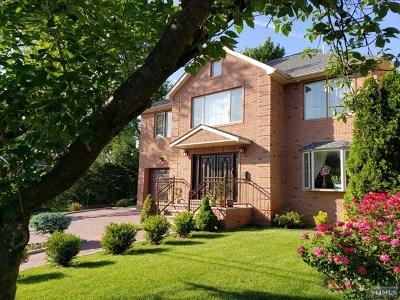 Leonia Single Family Home For Sale: 169 Moore Avenue