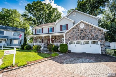 Saddle Brook Single Family Home For Sale: 5 Orchard Lane