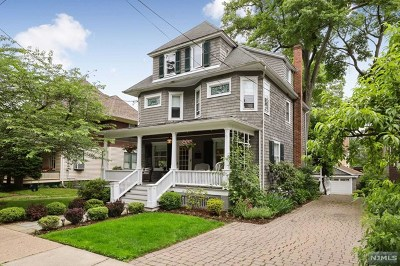 Ridgewood Single Family Home For Sale: 135 Liberty Street