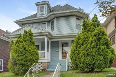 Passaic Single Family Home For Sale: 303 Aycrigg Avenue