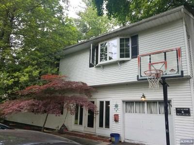 Ho-Ho-Kus Single Family Home For Sale: 315 Racetrack Road