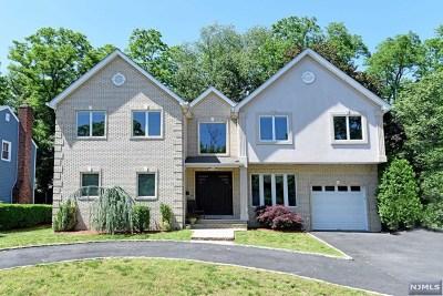 Fair Lawn Single Family Home For Sale: 41-88 Rys Terrace