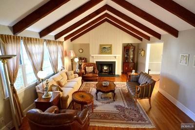 Tenafly Single Family Home For Sale: 68 Burlington Road
