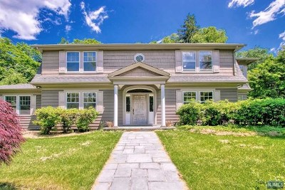 Closter Single Family Home For Sale: 15 Gwynne Court