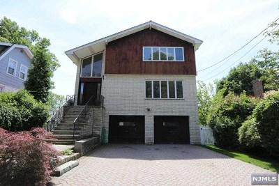 Leonia Single Family Home For Sale: 420 Hazlitt Avenue