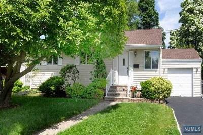 Dumont Single Family Home For Sale: 79 Medford Road