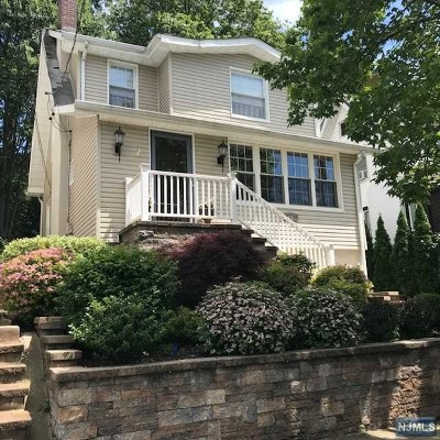 Ridgefield Park Single Family Home For Sale: 37 8th Street