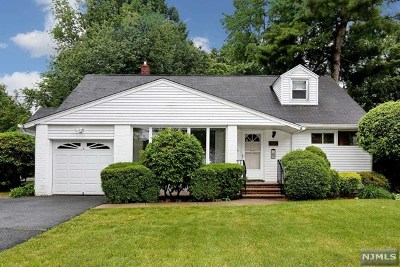 New Milford Single Family Home For Sale: 264 Ridge Street