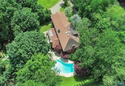 Closter Single Family Home For Sale: 751 Closter Dock Road