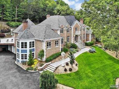 Franklin Lakes Single Family Home For Sale: 27 Shinnecock Trail