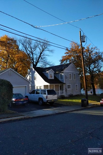 North Haledon Single Family Home For Sale: 272 High Mountain Road