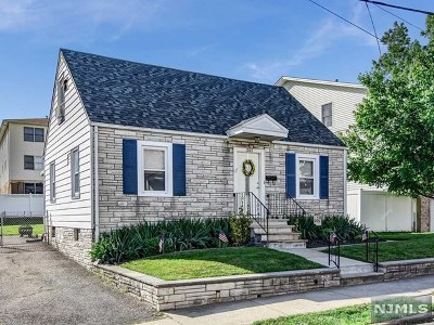 Lyndhurst Single Family Home For Sale: 203 Lafayette Avenue