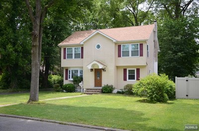 Paramus NJ Single Family Home For Sale: $639,000