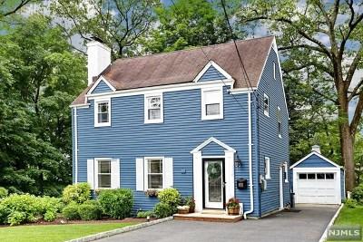 Waldwick Single Family Home For Sale: 126 Dora Avenue