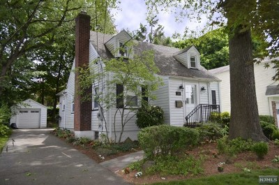Tenafly Single Family Home For Sale: 30 Jewett Avenue