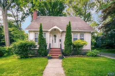 Closter Single Family Home For Sale: 220 High Street