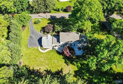 Wyckoff Single Family Home For Sale: 675 Highview Drive