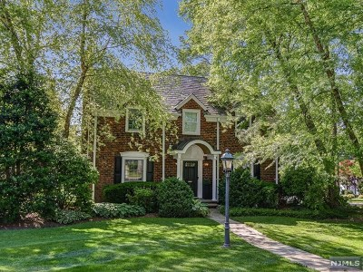 Ridgewood Single Family Home For Sale: 756 Belmont Road