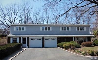 Wayne Single Family Home For Sale: 2 Mayfair Drive