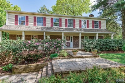 Wyckoff Single Family Home For Sale: 295 Briarwood Drive