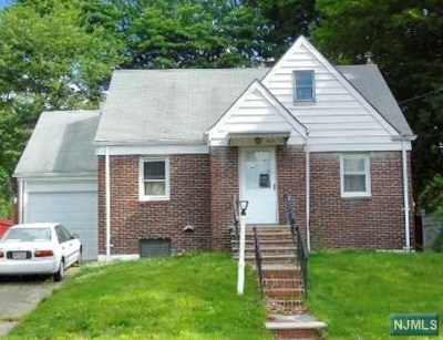 Englewood Single Family Home For Sale: 403 Tryon Avenue
