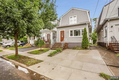 Hackensack Single Family Home For Sale: 24 Van Orden Place
