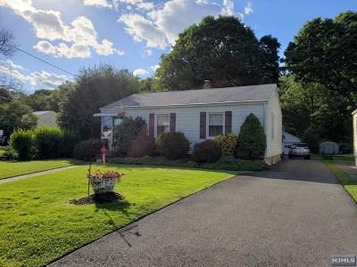 Pompton Lakes Single Family Home For Sale: 1003 Colfax Avenue