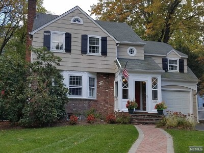 Wyckoff Single Family Home For Sale: 565 Overlook Drive