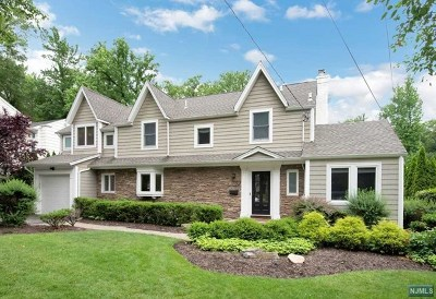 Tenafly Single Family Home For Sale: 92 Howard Park Drive