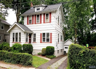 Englewood Single Family Home For Sale: 6 Howard Place