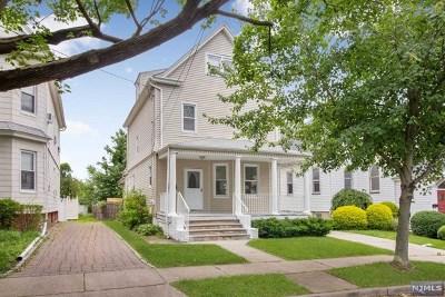 Maywood Single Family Home For Sale: 37 East Pleasant Avenue