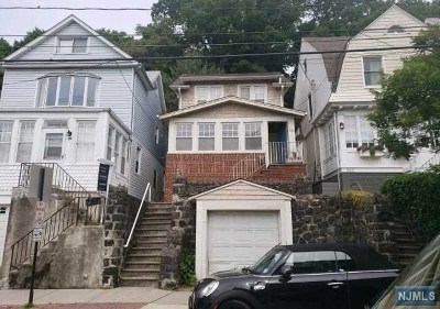 Edgewater Single Family Home For Sale: 530 Undercliff Avenue