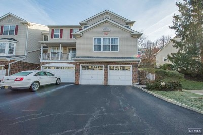 Morris County Condo/Townhouse For Sale: 1208 Windsor Court