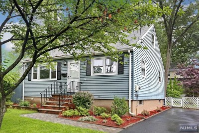 Bergen County Single Family Home For Sale: 85 Cortland Street