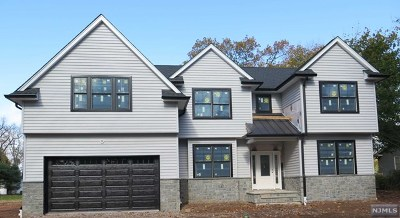 Bergen County Single Family Home For Sale: 203 Marcotte Lane