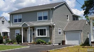 Saddle Brook Single Family Home For Sale: 584 Maple Avenue