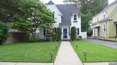 Hackensack Single Family Home For Sale: 750 Summit Avenue