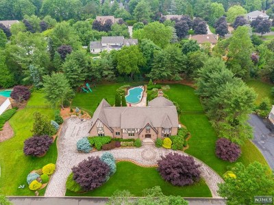 Franklin Lakes Single Family Home For Sale: 708 Somerset Street