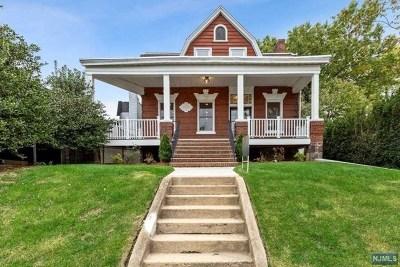 Leonia NJ Single Family Home For Sale: $699,000