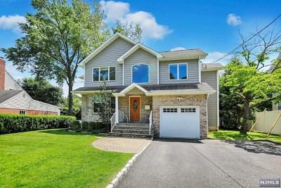 River Edge NJ Single Family Home For Sale: $675,000