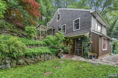 Montville Township Single Family Home For Sale: 18 Bott Lane