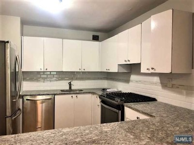 Edgewater Condo/Townhouse For Sale: 1203 River Road #7a