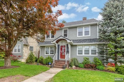 Rutherford Single Family Home For Sale: 61 Barrows Avenue