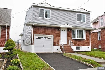 Bergen County Single Family Home For Sale: 126 Arlington Boulevard